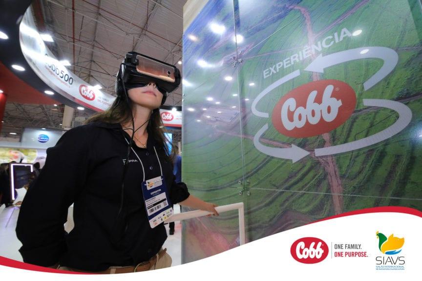 Cobb asombra con recorrido virtual de granja de progenitoras